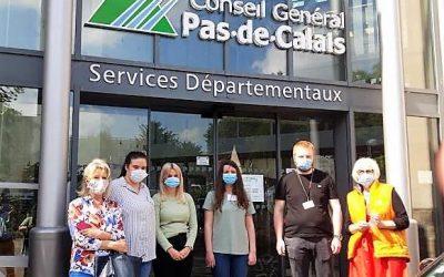 Le département du Pas-de-Calais solidaire de la Croix-Rouge avec un don de 10 000 masques de protection